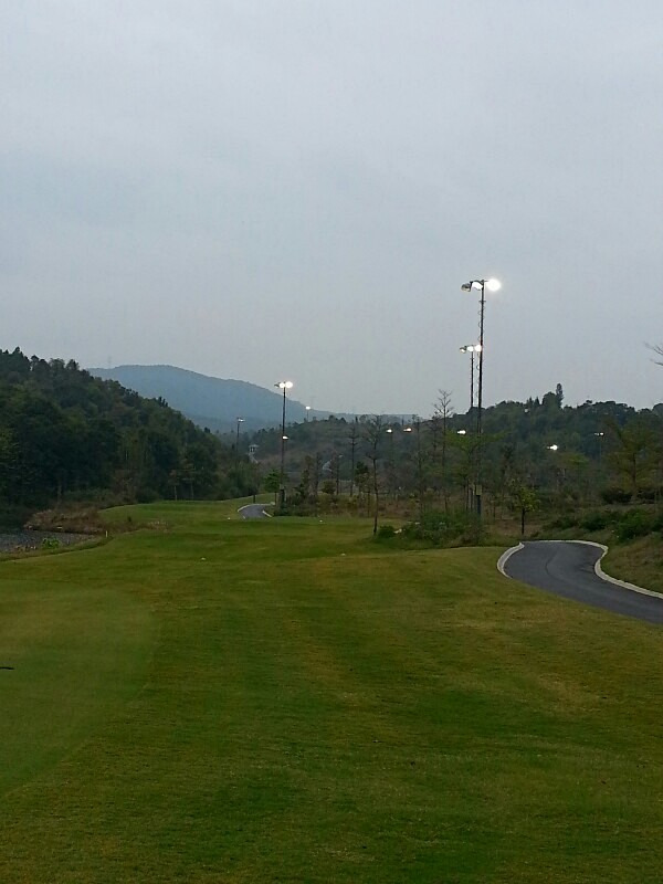 PHT-lighting mast for Golfcourses-1