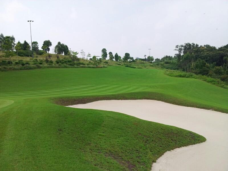 golf courses telescoping lighting mast