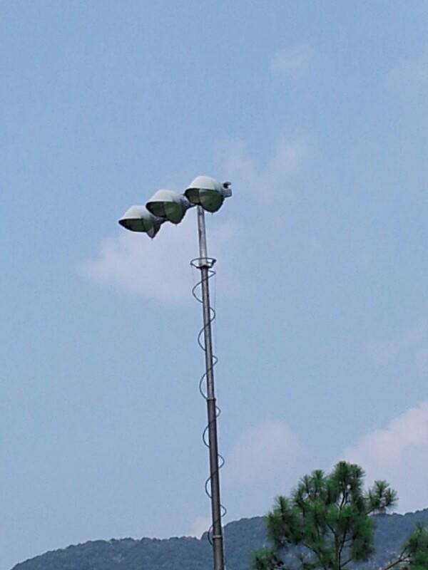 pht-pneumatic lighting mast