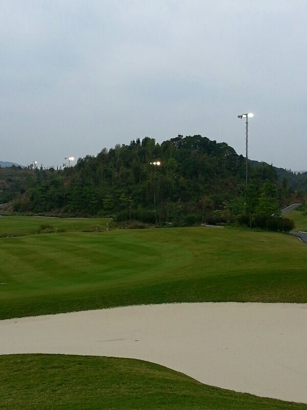 pht lighting mast for golf-courses